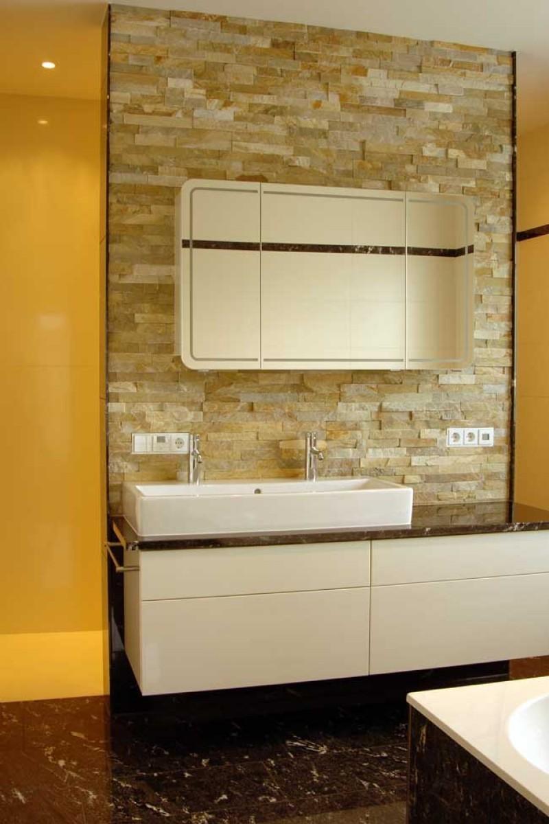 modernes bad - Sandstein Fliesen Badezimmer