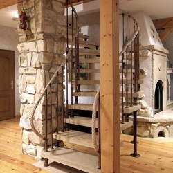 Jura-Antik-Treppe