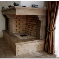 Offener Kamin im Barock-Stil