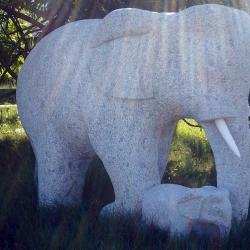 Elefanten aus Granit